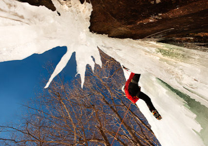 climber_with_icicles_DSC0767notsharp16bit